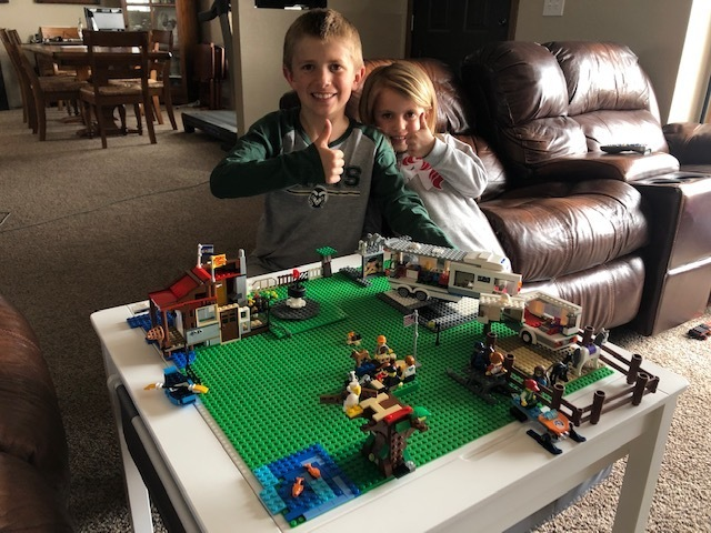 Kasen and Kinsley playing with Legos